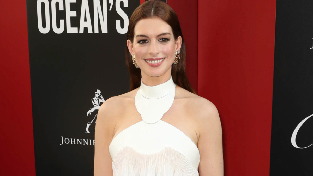 Anne Hathaway cambio radical look
