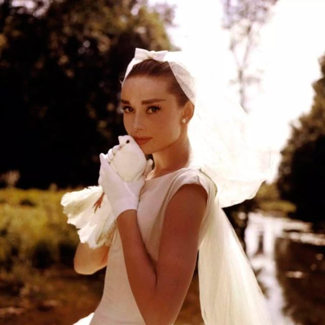c7a99ef7 La colección de vestidos de novia baratos de H&M es MUY bonita - InStyle