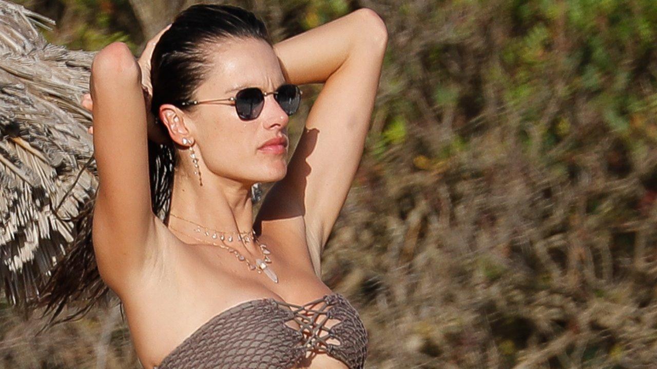 8a53fe21c29f Bikinis 2018 de estilo bardot ¡los más bonitos del verano! - InStyle