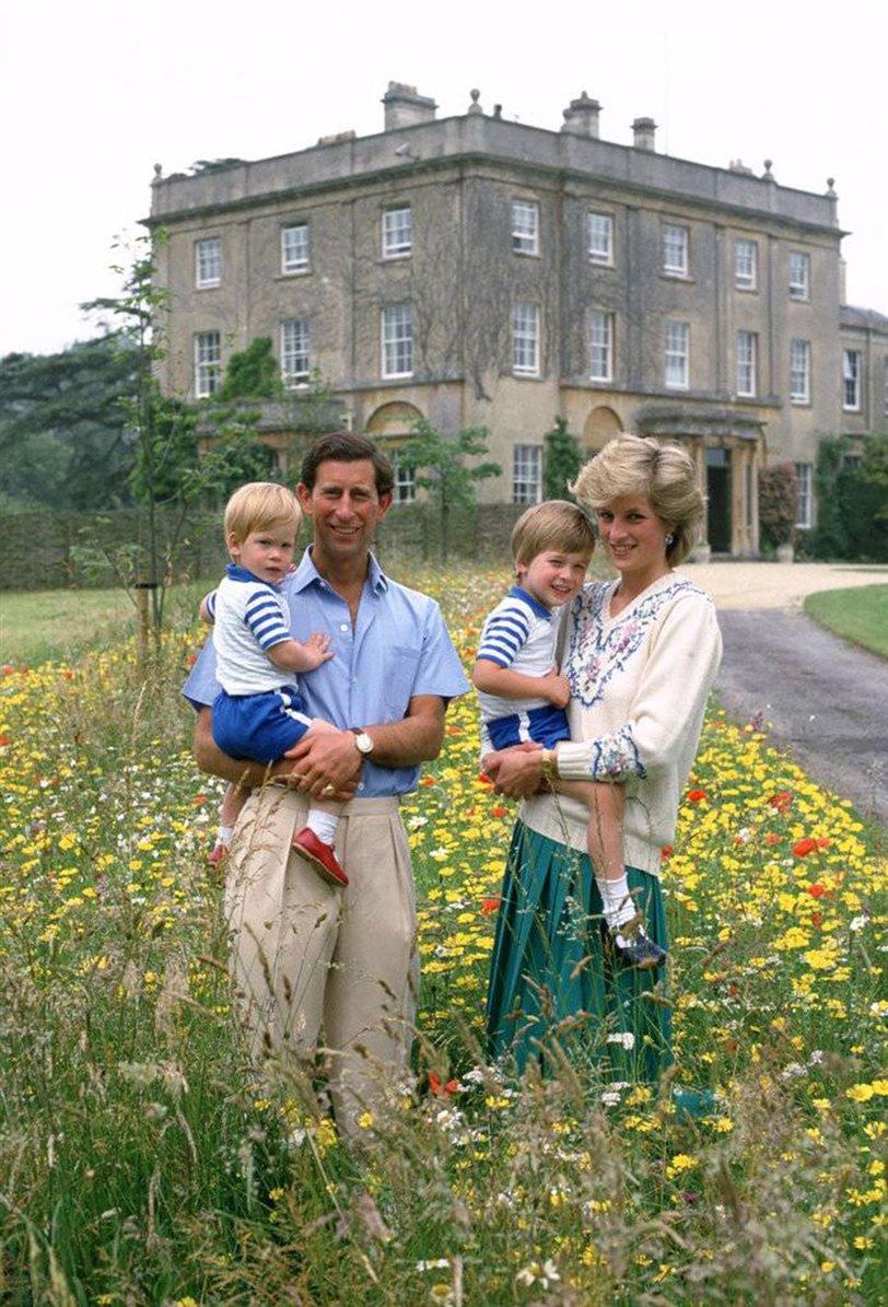 Los hijos de Meghan Markle y el príncipe Harry no serán solo suyos