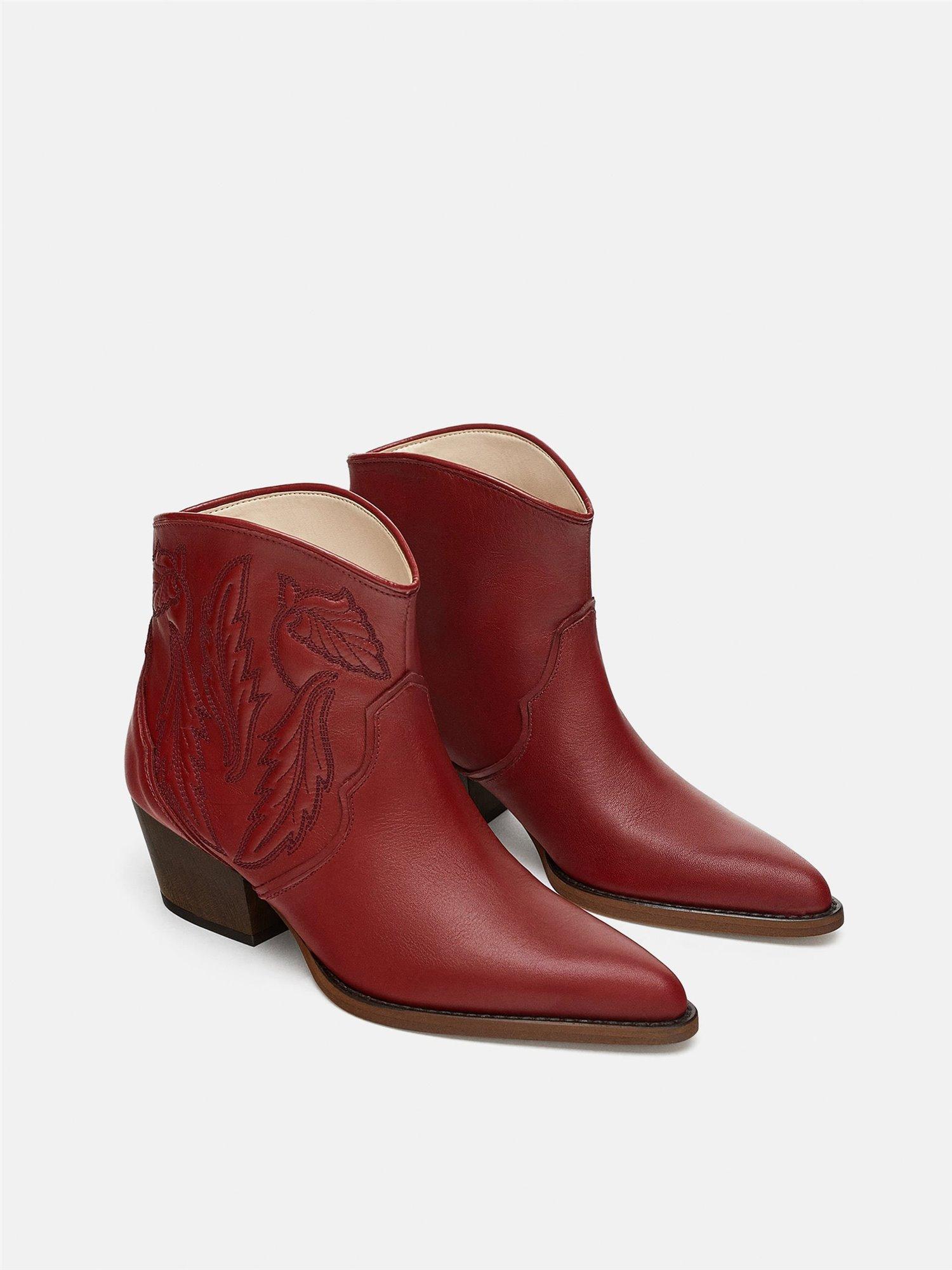 belleza zapatillas nuevas variedades Botas camperas o cowboy de mujer: el zapato de moda - InStyle