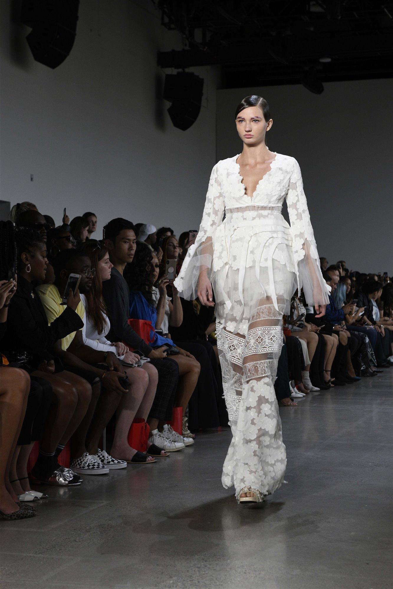 8201301cd Moda primavera-verano 2019 en la Semana de la Moda de Nueva York ...