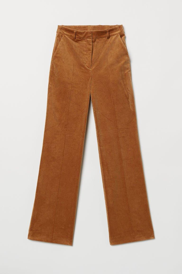 eb6fc1a8bb Pantalón pana. Pantalón de pana marrón