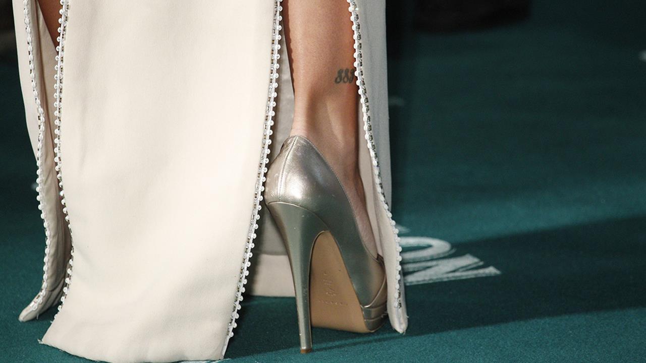 Los zapatos más caros del mundo están hechos de oro y diamantes