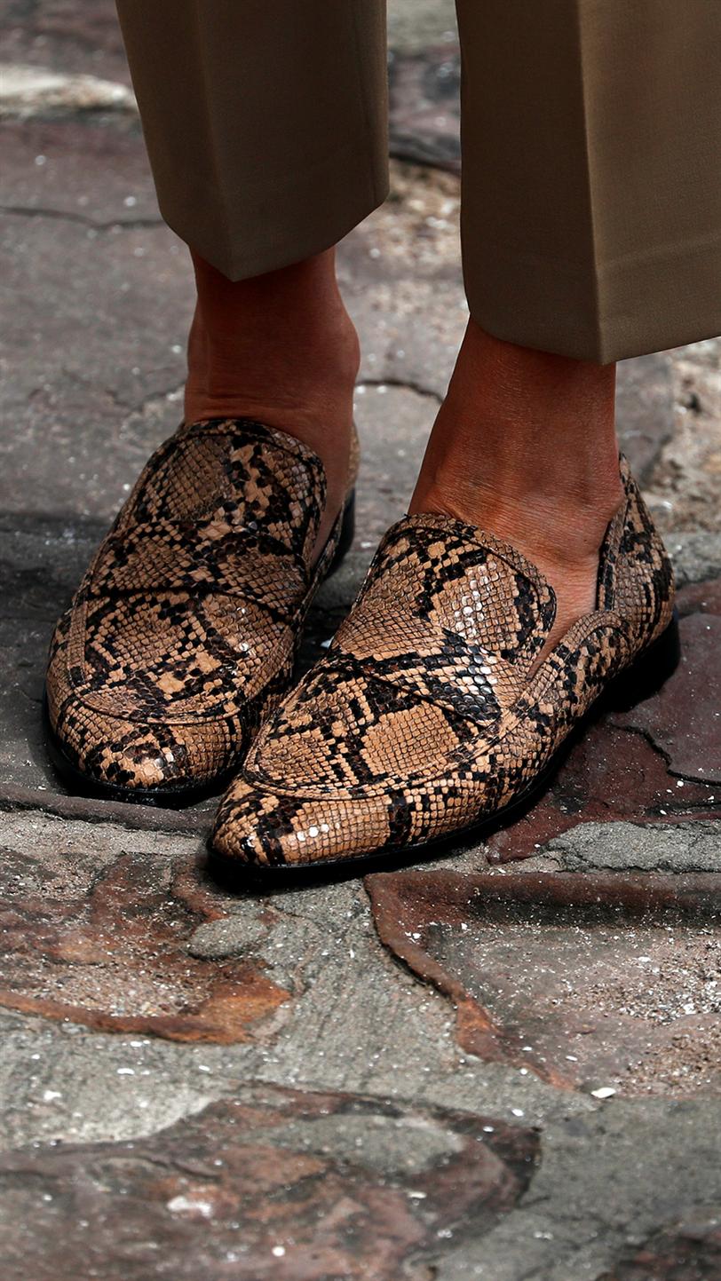 Melania Trump lleva mocasines planos de Zara InStyle