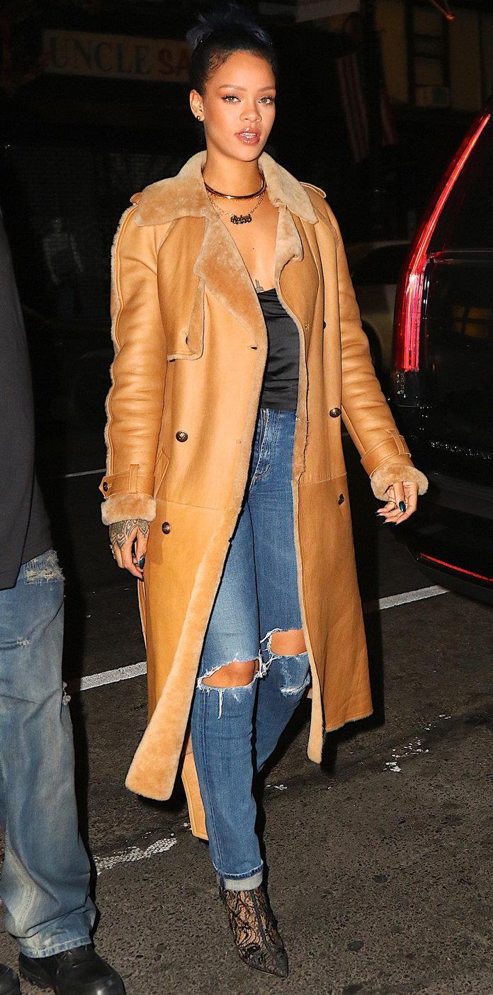 Rihanna  Rihanna with lace ankle boots