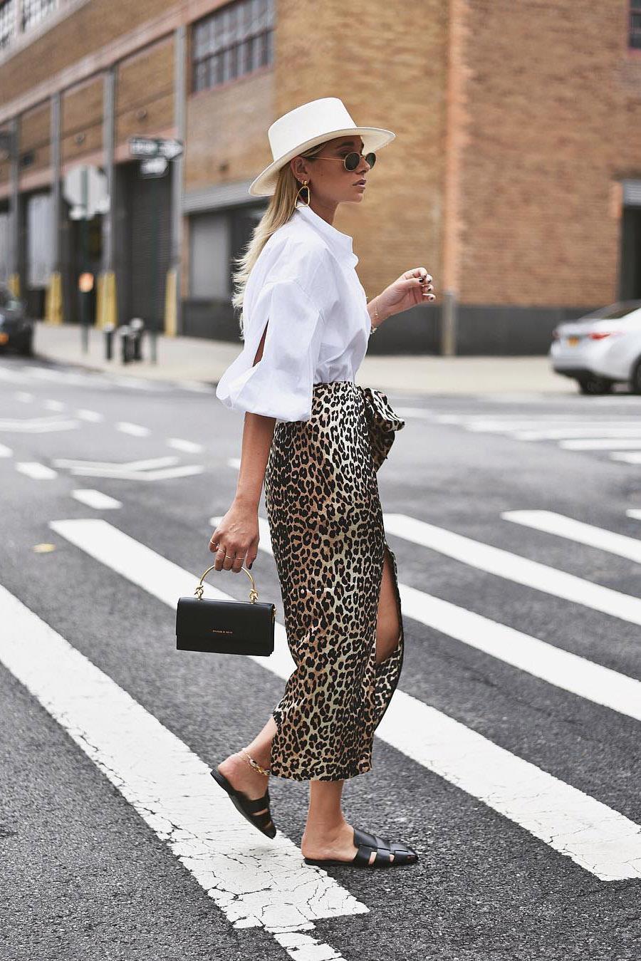 b8d340b3b Faldas de moda de leopardo, pitón, cebra: cómo llevarlas con estilo ...