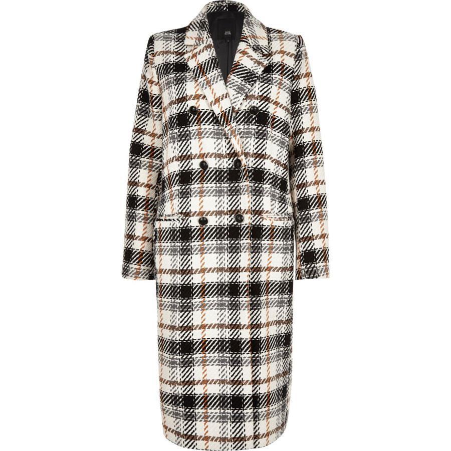 e63f076d8 Abrigos de mujer baratos: los 50 de moda del invierno 2019 - InStyle