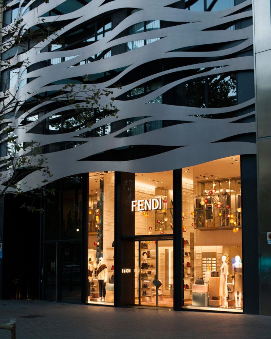 71ded9eb739 Fendi abre  flagship  en la calle más cara de Barcelona - InStyle