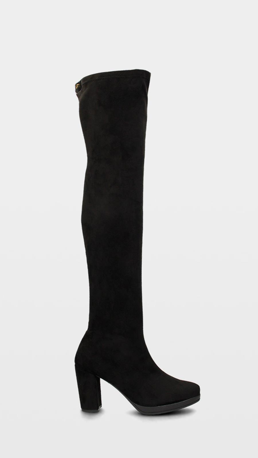23b184a7 Olivia Palermo nos recuerda que las botas mosqueteras son tendencia ...
