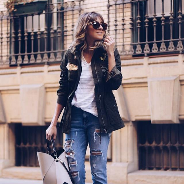 5 looks con el abrigo de moda: la parka militar, por 'Look and chic'