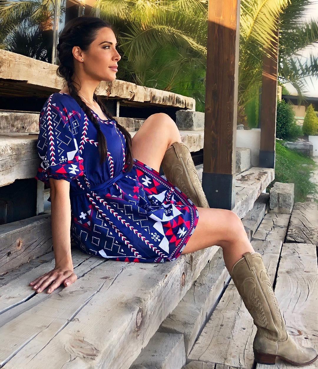 Botas y botines mujer vistas en Instagram  las más de moda del 2019 ... a2be5a2d73383