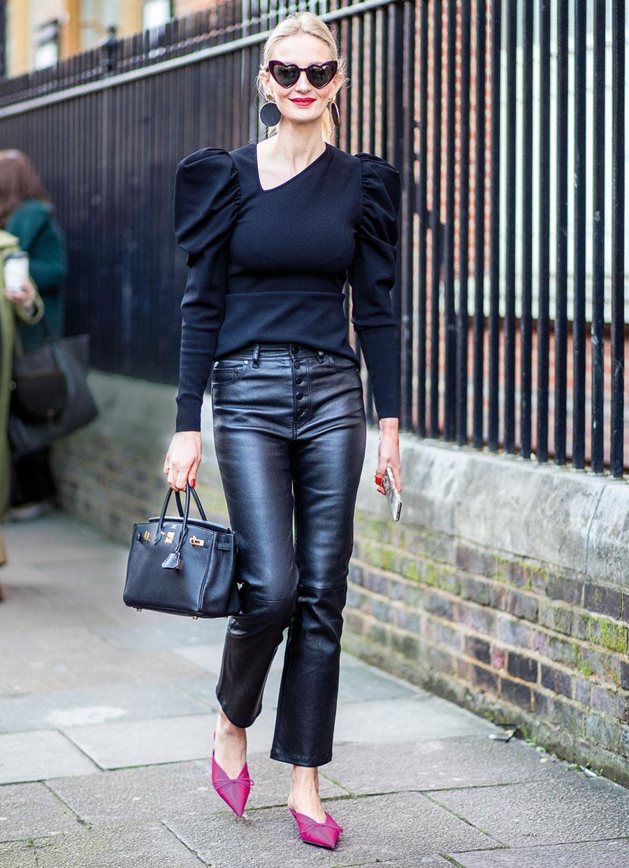 4ae2a2951b Pantalones de cuero mujer  cómo combinarlos con mucho estilo - InStyle