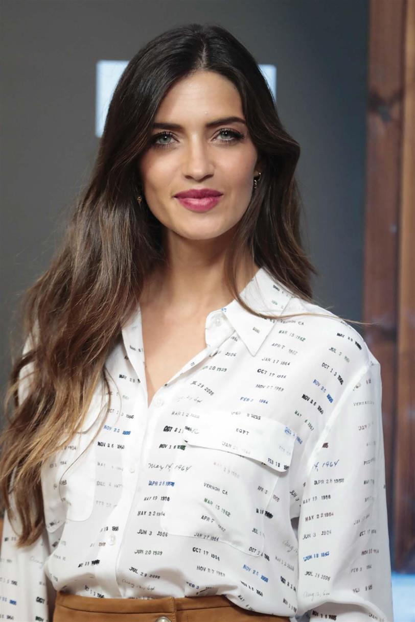 90c6641ee59f Sara Carbonero: el look tendencia del otoño - InStyle