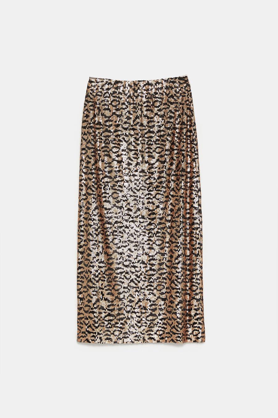 9ee95e2336 Faldas de lentejuelas Zara  la prenda para TODOS tus looks de fiesta ...