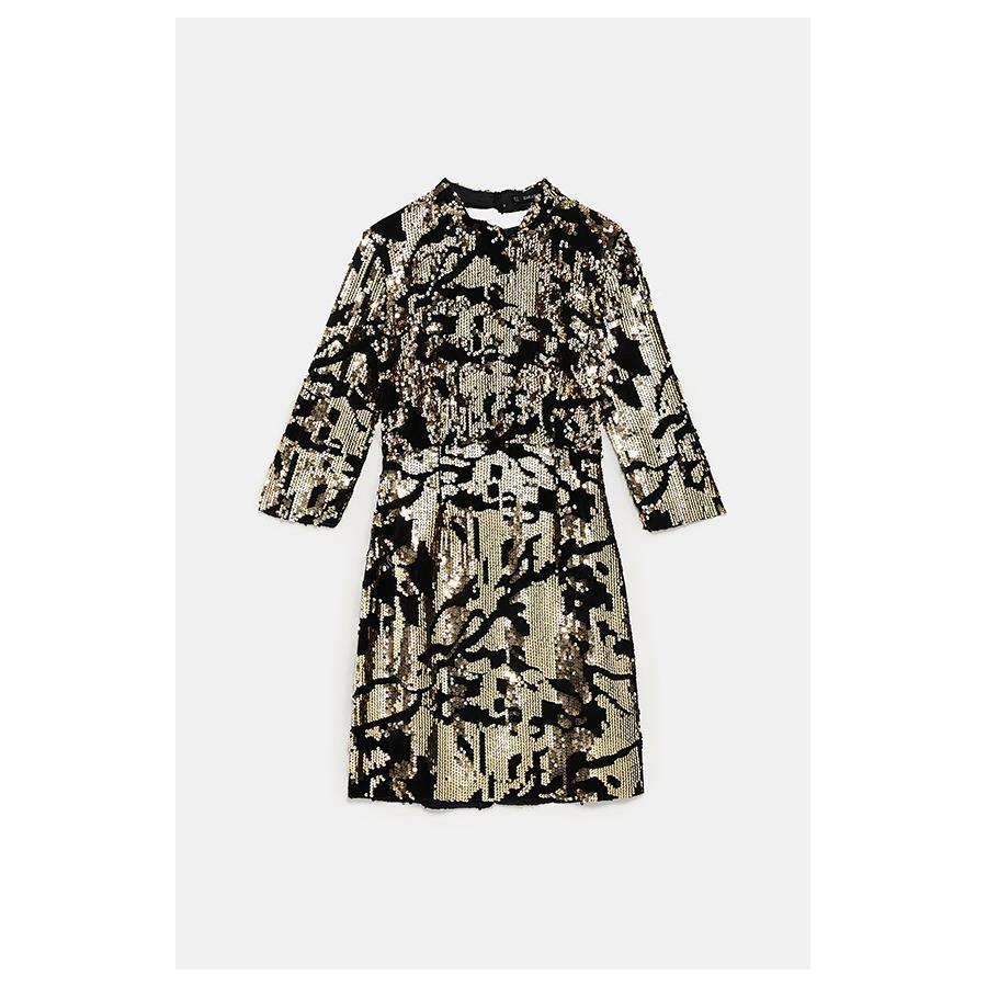 476a486e3c vestido-zara-lentejuelas-nochevieja. Mini vestido de lentejuelas negras y  doradas