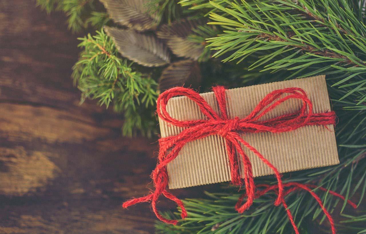 71c8b0065b83 Qué regalar en Navidad a una amante de la moda. ¿Qué regalar en Navidad