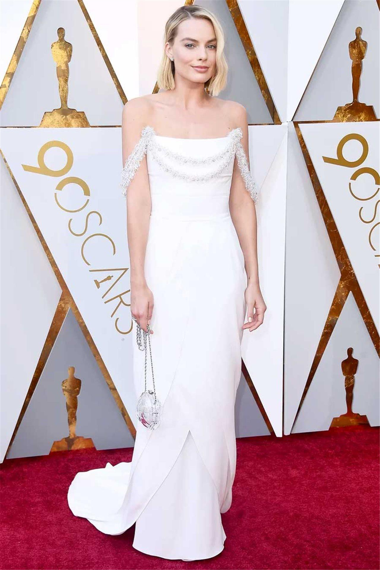 a210fde4c Hemos recopilado los mejores looks de moda que han lucido las 'celebrities'  este año. De las alfombras rojas más importantes a las bodas para recordar  (con ...