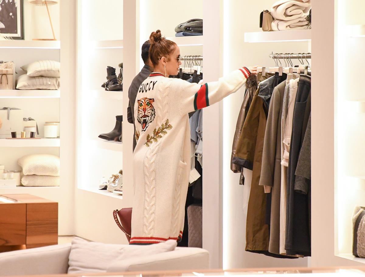 b9796c0a8407 Rebajas 2019: cuándo empiezan y las mejores compras en Zara, Mango ...