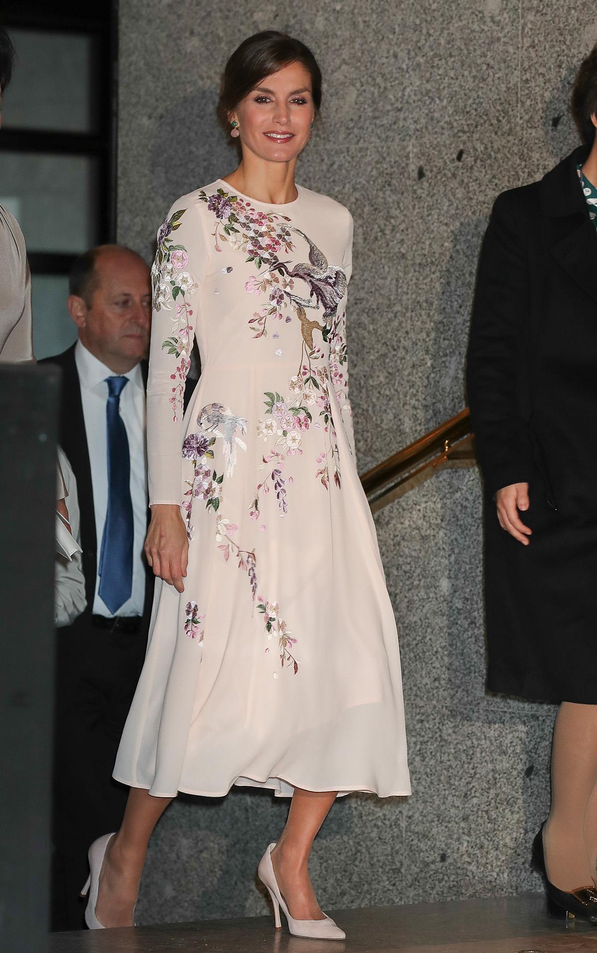 484483366d 3-vestido-asos-letizia-estampado-presidentes-china. TOP 5