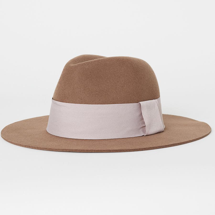 4813a09489a7f Sombrero de lana de fieltro de H M Disponible también en color negro. Antes  24