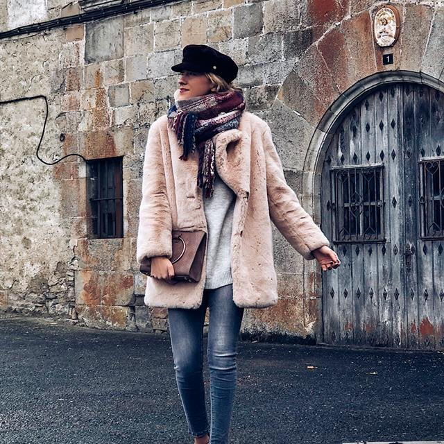 5 looks de invierno PERFECTOS con la gorra de moda, por Look and Chic