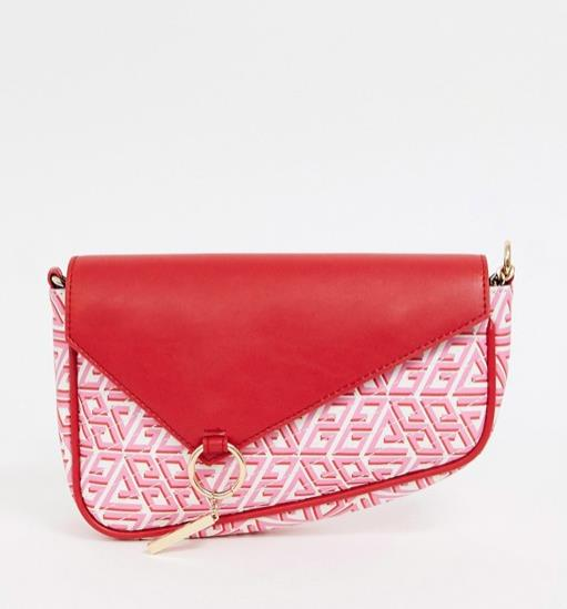 El saddle bag de asos