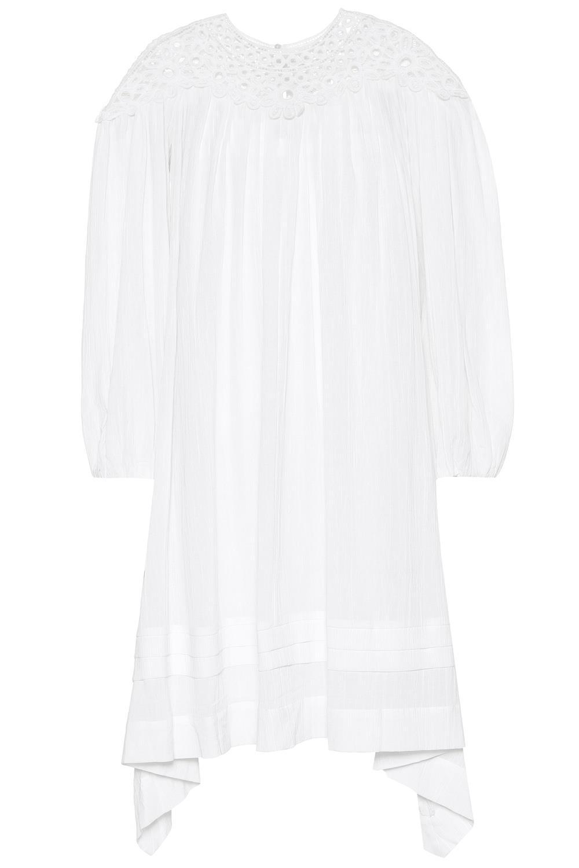 e660b421e Vestidos de moda primavera 2019 que estilizan la silueta de ...