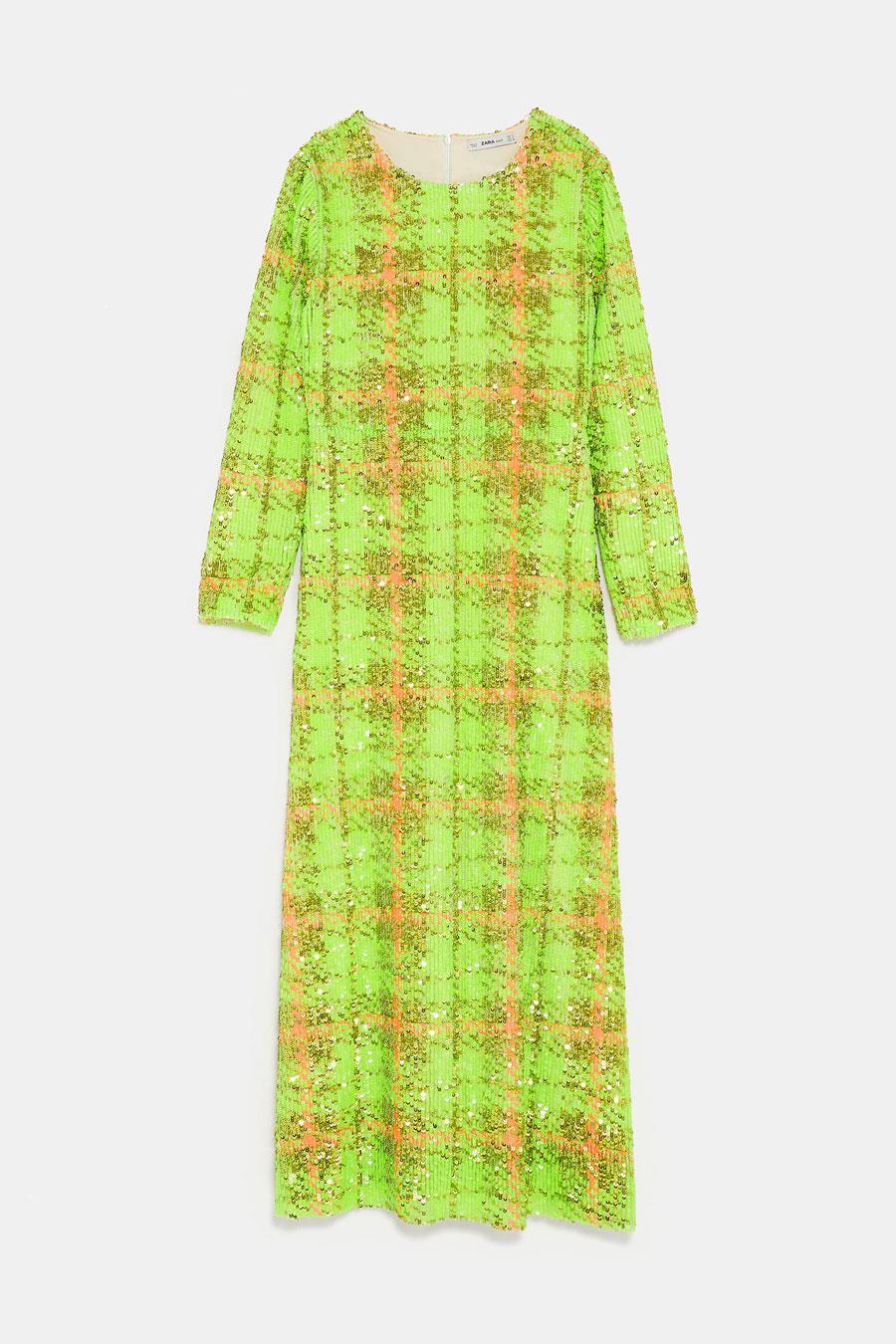 a7b3dd15e vestidos-lentejuelas-zara. Vestido en tono verde con lentejuelas