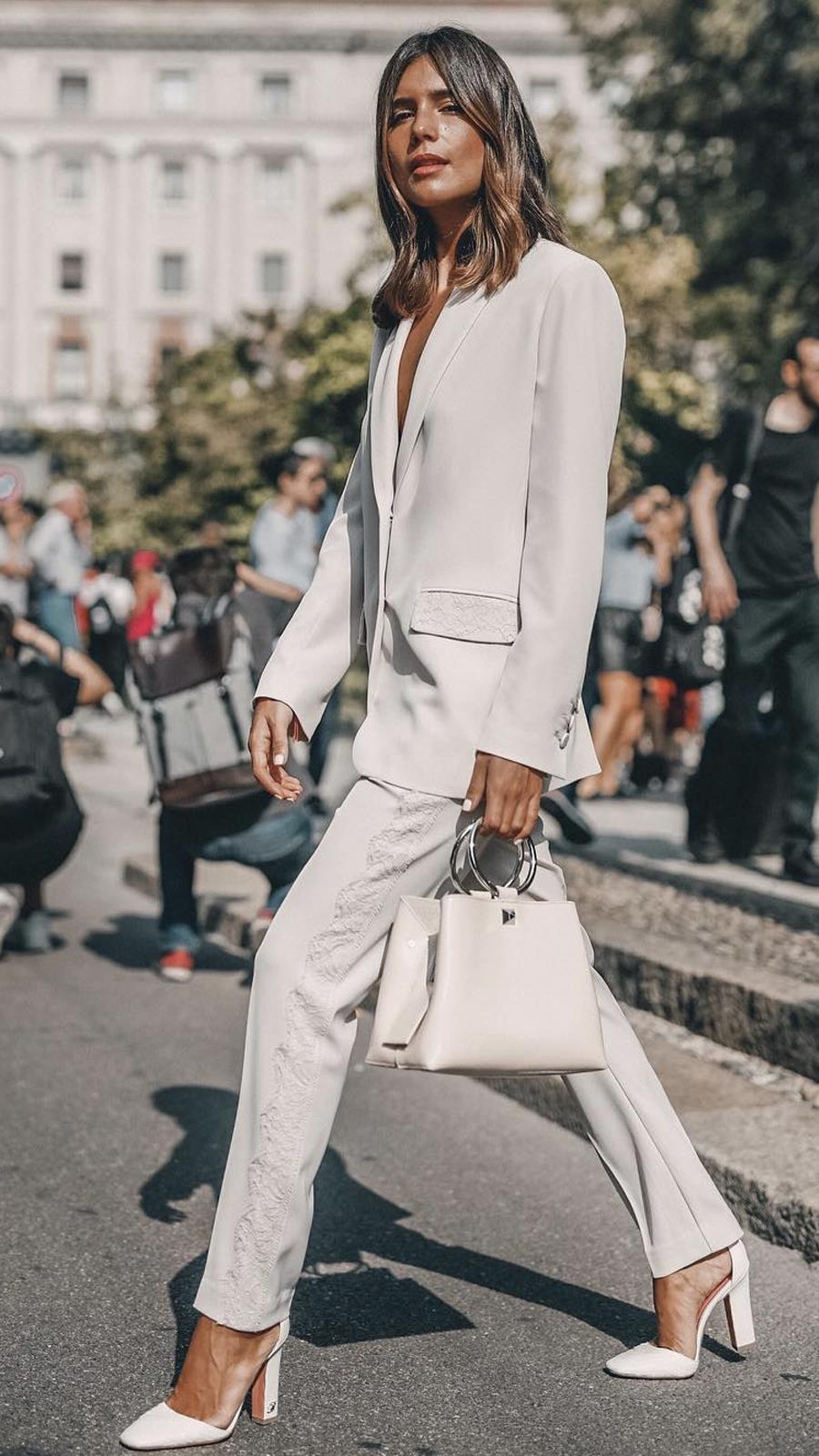 Como vestir bien en la oficina: 10 looks que serán ti