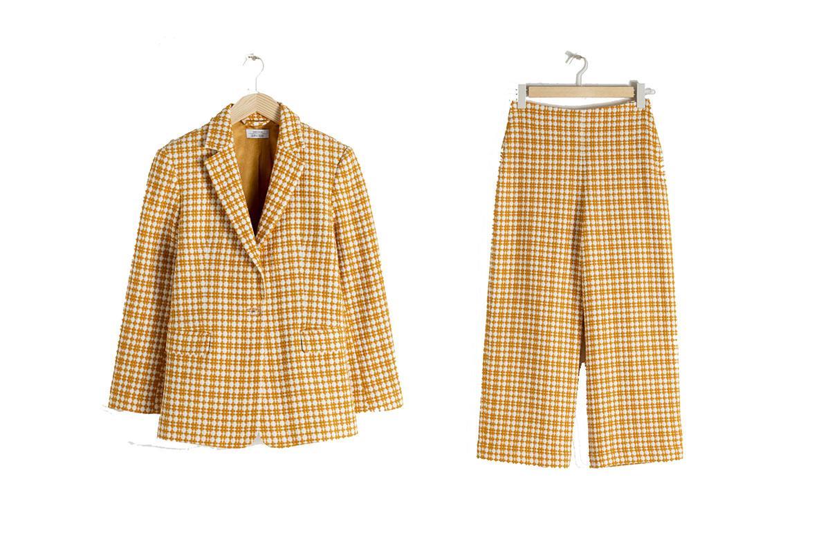 b9ba276d6 Vestido de   Other Stories (149 €). traje-andothersstories. Traje de  chaqueta con estampado de cuadros