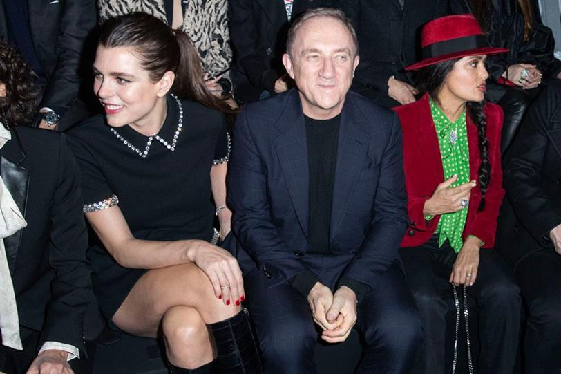 Front Row desfile Saint Laurent