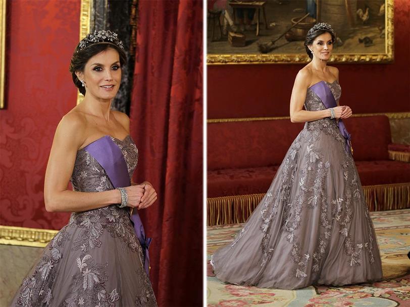 letizia ortiz tiene el vestido 'frozen' perfecto para una noche