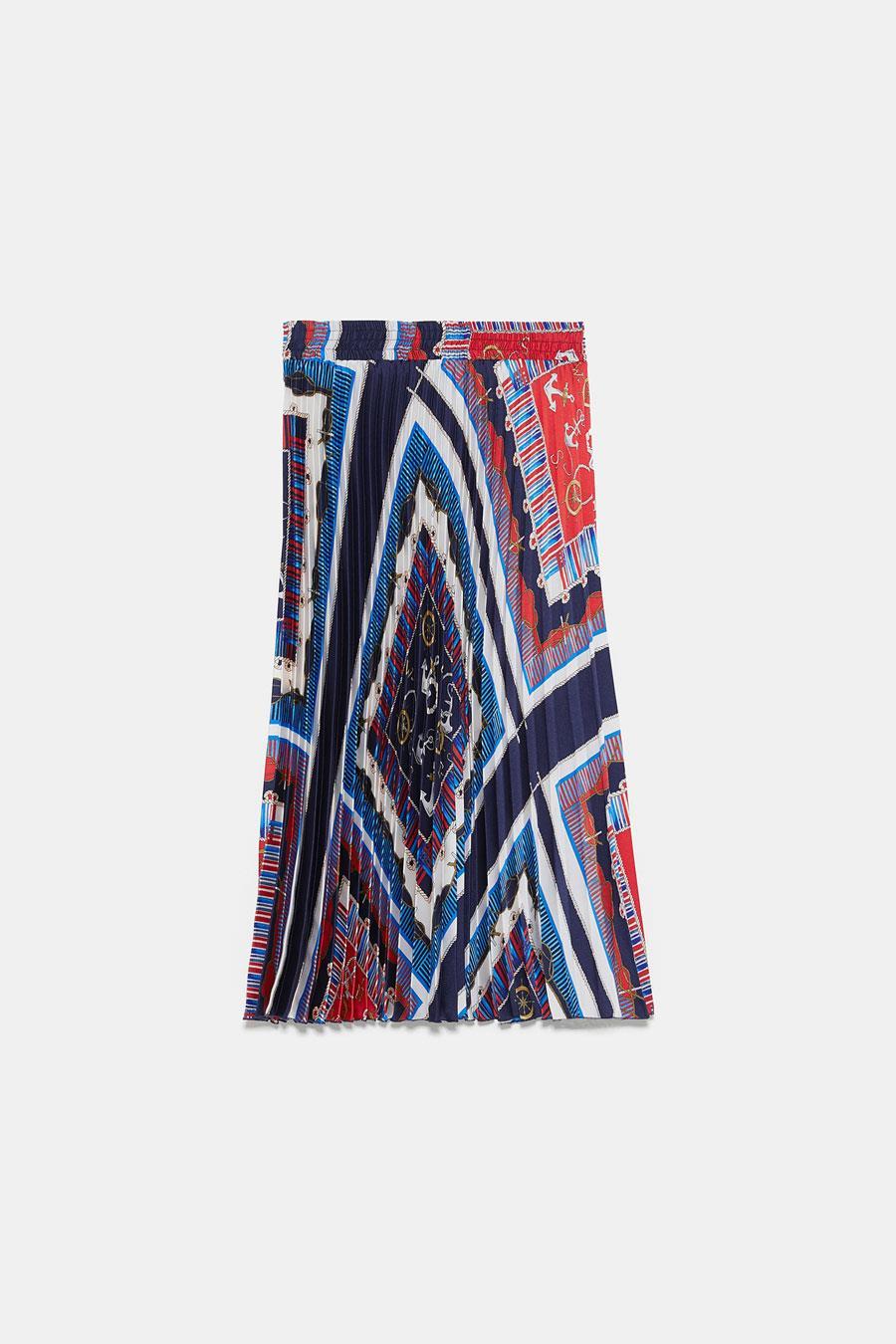 b4ab424070 falda plisada primavera verano 2019 falda estampada. Falda plisada con  estampado pañuelo