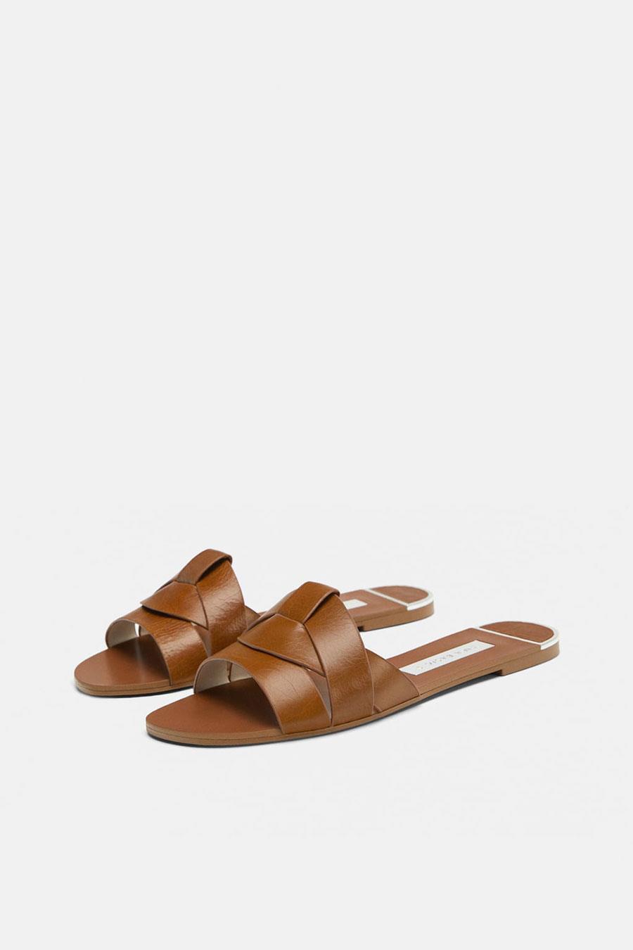 5d7aec129ab sandalias moda mujer primavera verano 2019 palas. Sandalias marrones