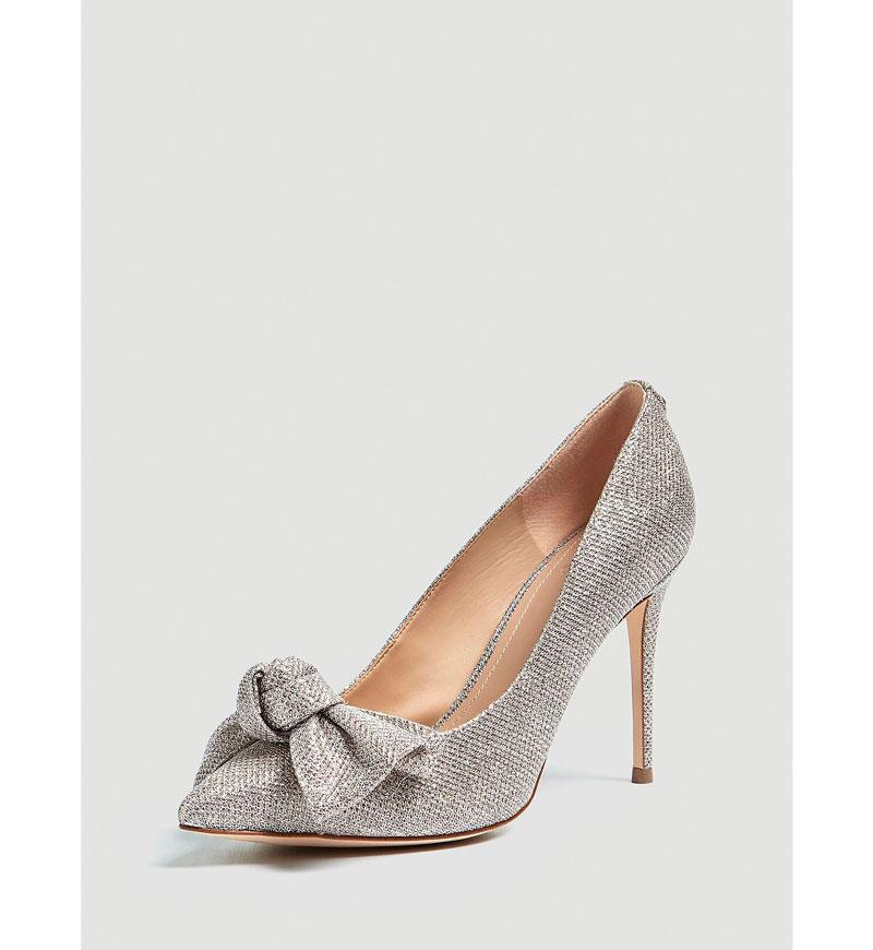 c060e497fc Zapatos de novia  los más cómodos y bonitos para una boda de cuento ...