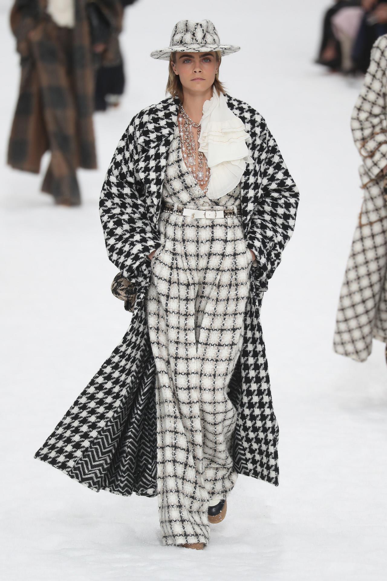 3fd7da486 Moda otoño-invierno 2019 en la Semana de la Moda de París - InStyle