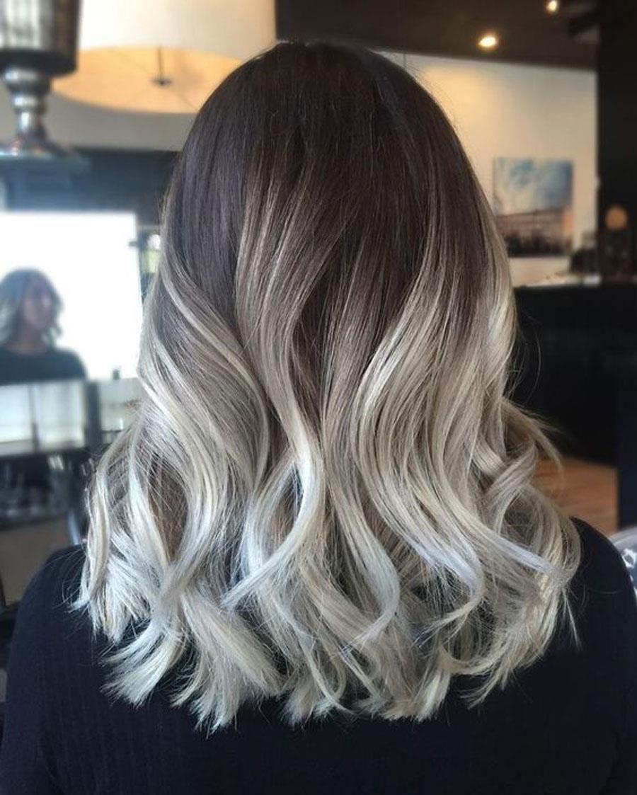 Puntas californianas en cabellos cortos