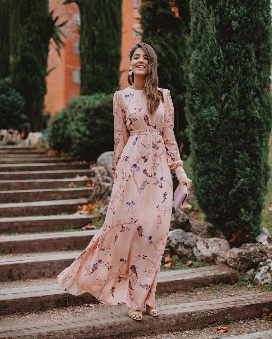 Como llevar un vestido largo a una boda