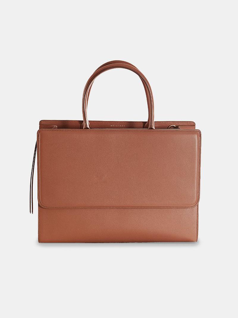 098f0319b Un bolso de piel, de calidad