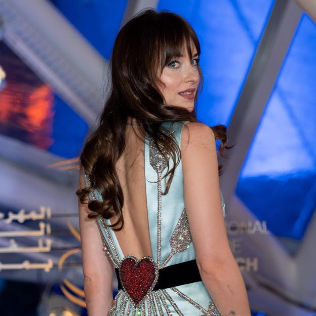 Dakota Johnson dice adiós al estilo de Anastasia Steele