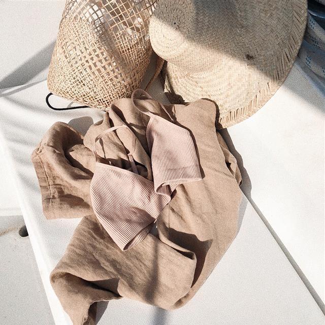 72dde6336 Vestidos de encaje, tops y faldas de encaje de moda primavera verano ...
