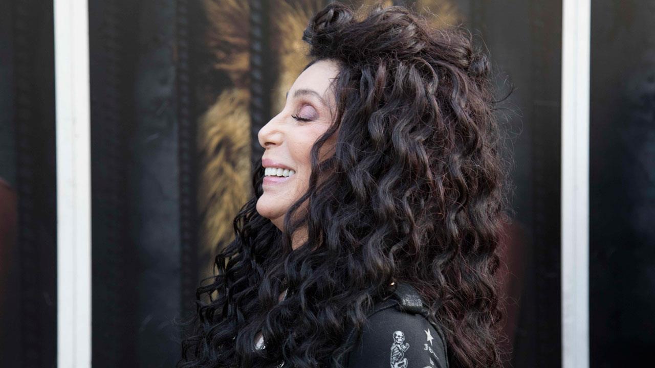 Fotos De Cher cher crea un nuevo perfume que no tiene género (pero sí vocoder)