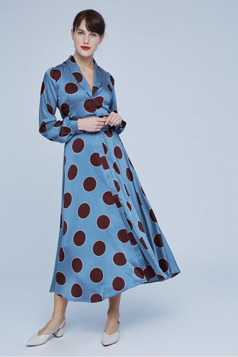 e42ef7b826 El vestido de invitada más bonito de Dolores Promesas