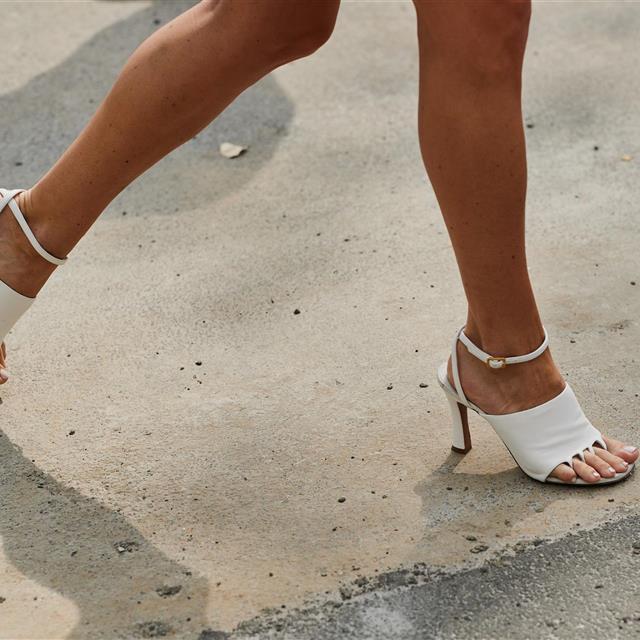 787dc099 50 sandalias de mujer para el verano 2019 que son pura moda - InStyle