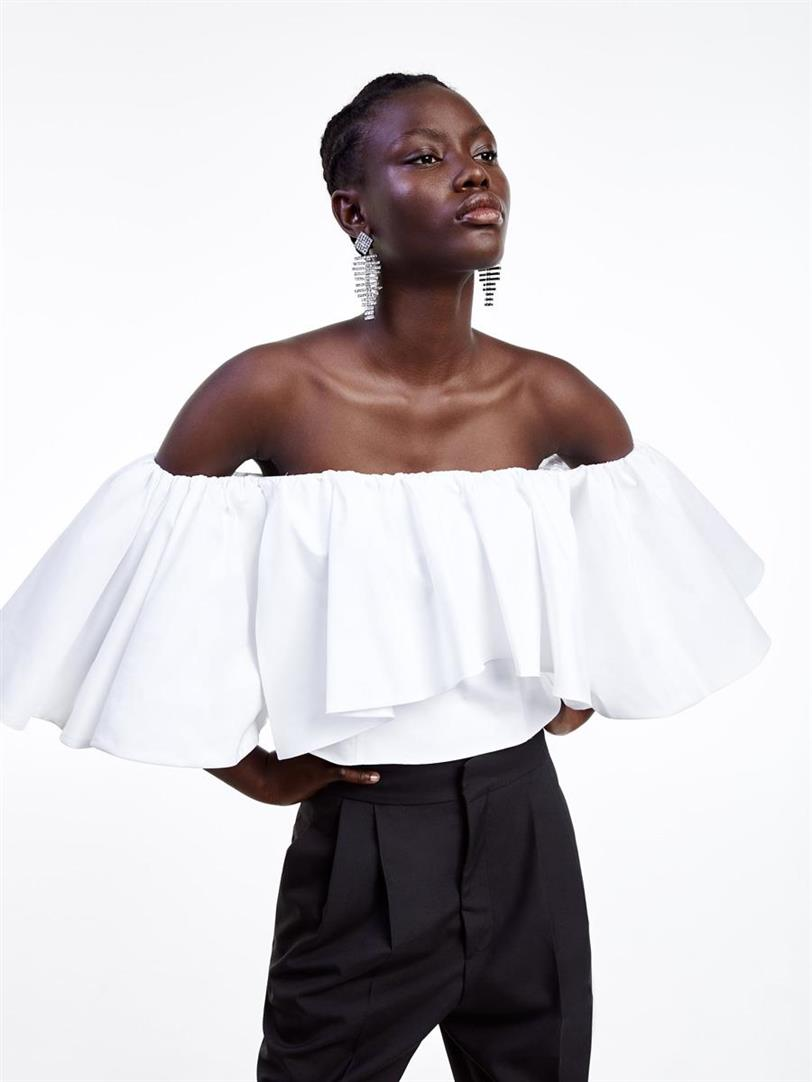 Blusas Con Volantes Blusa De Moda Primavera Verano 2019 De Zara
