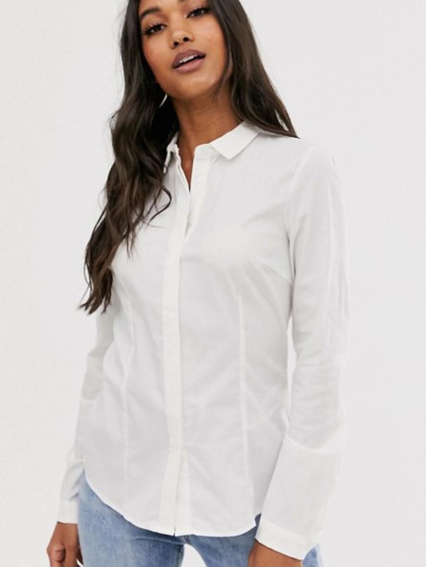 9be7b1f6fe Camisa blanca femenina básica de rebajas