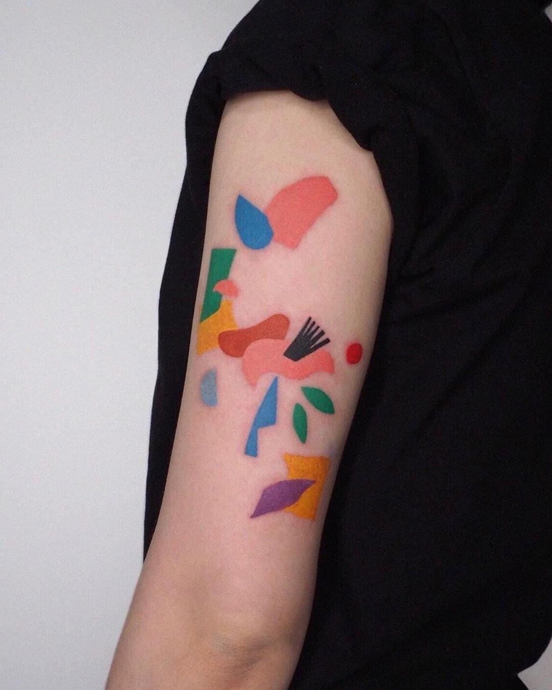 tattrx instagram tattoo abstracto