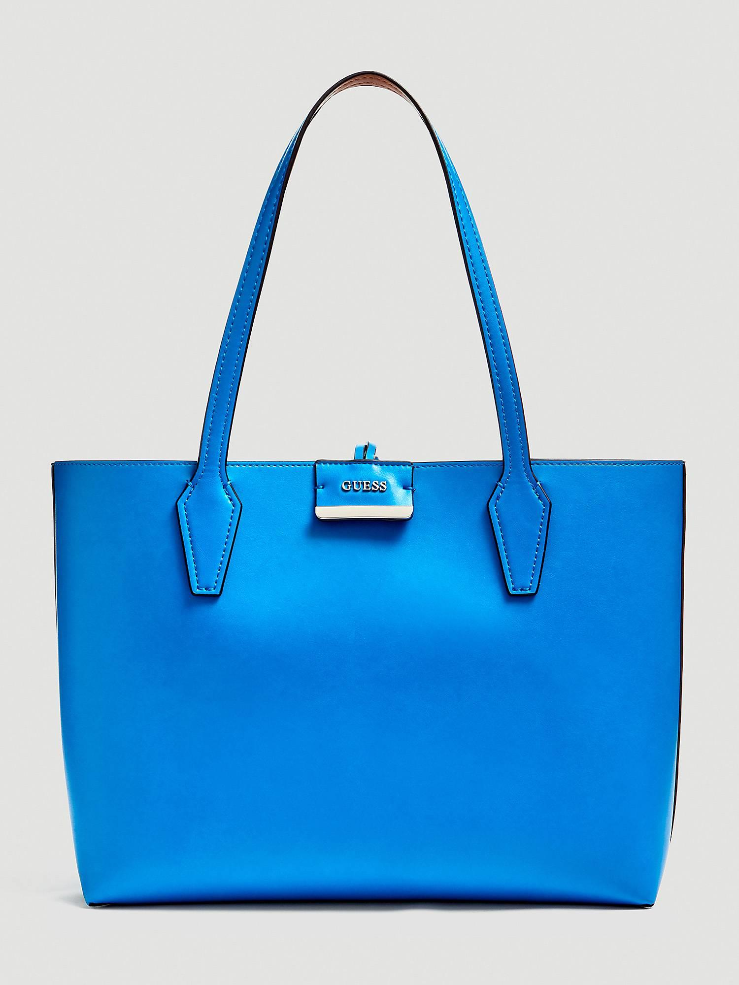 azul guess. Bolso shopper en color azul de Guess