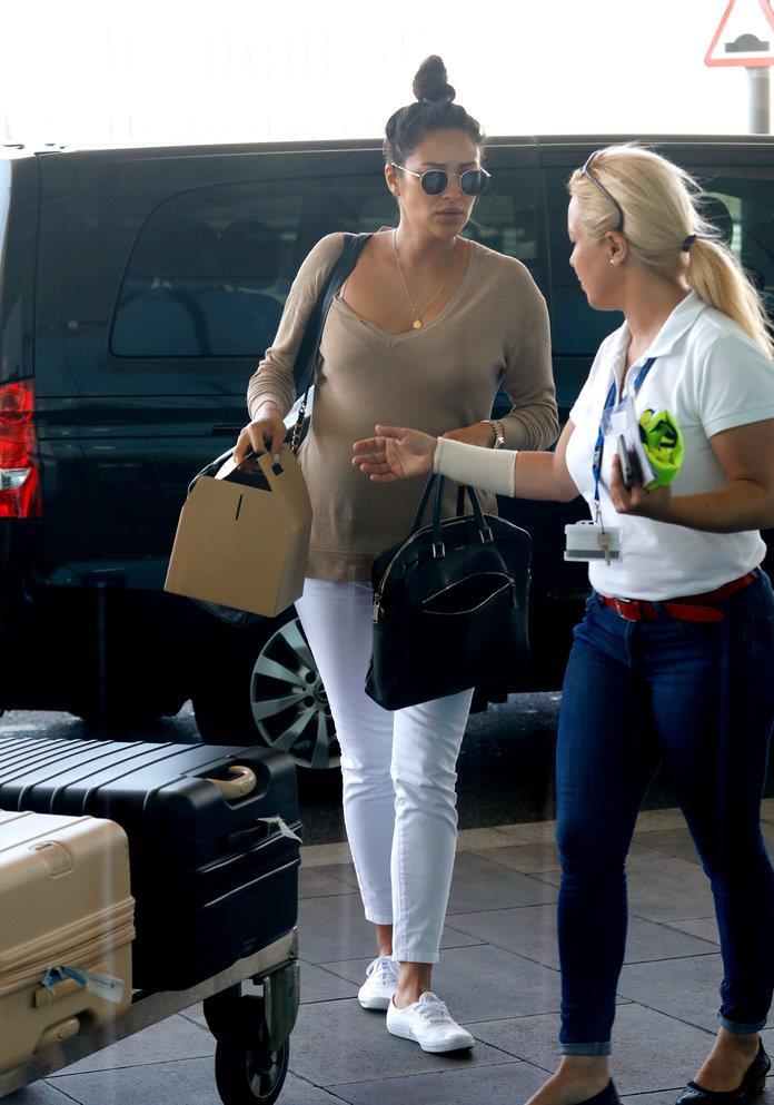 Zapatillas blancas de moda de las famosas: Converse, Nike